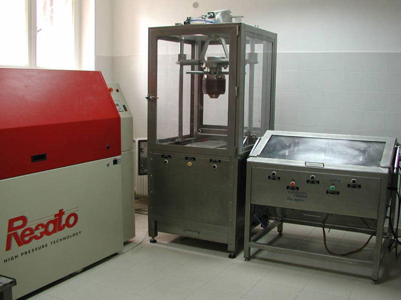 FOOD PROCESSING AND FOOD PRESERVATION TECHNOLOGIES